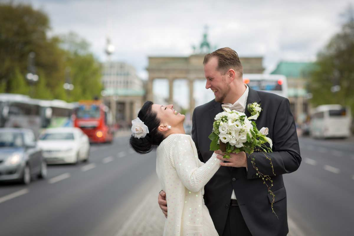 Wedding Photographer Berlin – Brandenburger Tor