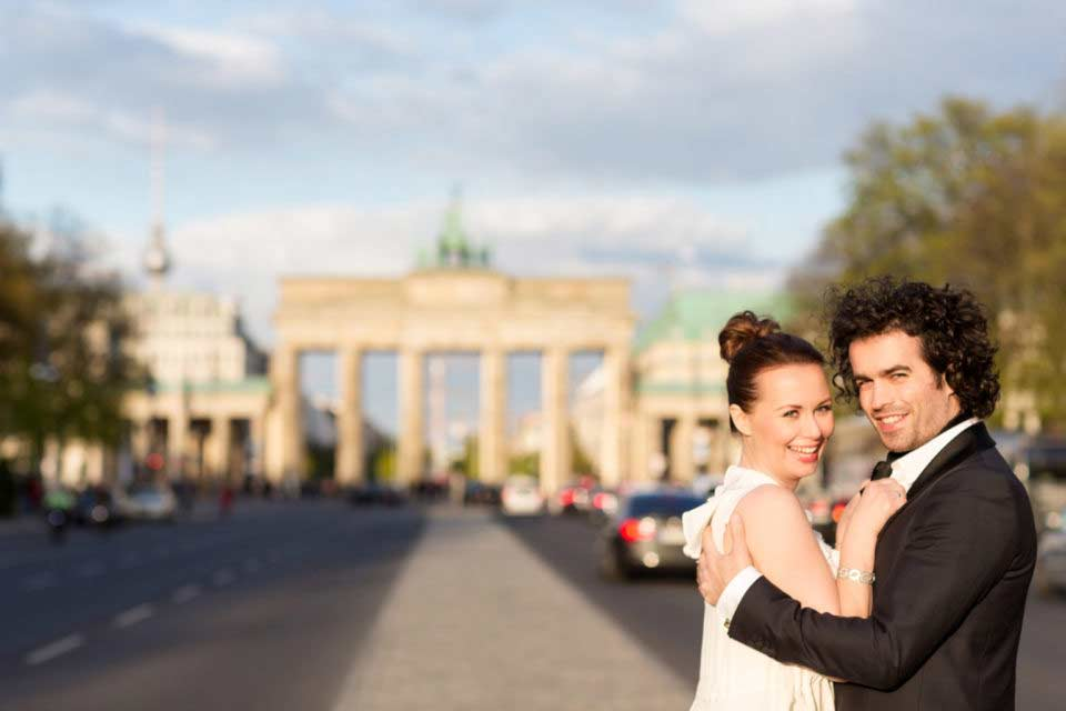 After Wedding Shooting – Brandenburg Gate Berlin